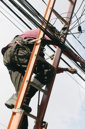 Can An Electrician Paisley Fix Your Electrical Issues?